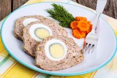 Pan con carne con el huevo hervido Foto de archivo libre de regalías