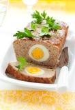 Pan con carne con los huevos hervidos fotografía de archivo
