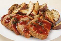 Pan con carne y patatas Foto de archivo libre de regalías