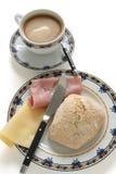 Pan con el jamón y el queso Imagen de archivo
