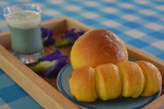 Pan con la comida tailandesa de las natillas foto de archivo