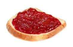 Pan con la mermelada de fresa fotos de archivo