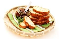Pan con los tomates secos imagen de archivo