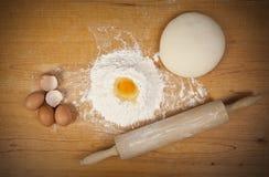 Pan Cooking.Dough Fotografía de archivo libre de regalías