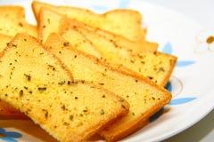 Pan de ajo con las hierbas Foto de archivo