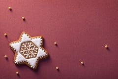 Pan de jengibre de la Navidad Imágenes de archivo libres de regalías