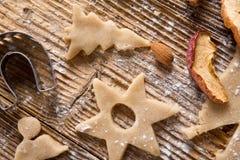 Pan de jengibre de la Navidad de la tradición Fotografía de archivo