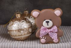 Pan de jengibre del jengibre bajo la forma de oso de peluche Imagen de archivo