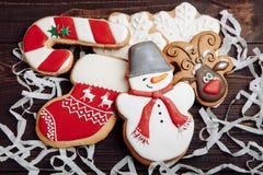Pan de jengibre hecho en casa de la Navidad del gallo Fotos de archivo libres de regalías