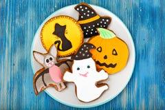 Pan de jengibre para Halloween Comida divertida del día de fiesta para los niños Imagenes de archivo