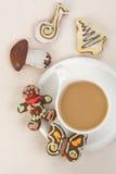 Pan de jengibre y café Fotos de archivo libres de regalías