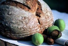 Pan de la nuez Foto de archivo libre de regalías