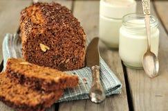Pan integral de la torta Fotos de archivo libres de regalías