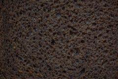 Pan de levadura negro del centeno, pedazo, textura de la pasta foto de archivo libre de regalías