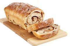 Pan de pasa hecho en casa del cinamomo Imagen de archivo libre de regalías