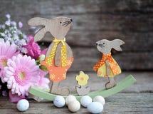 Pan de Pascua y huevos de Pascua, festival de Pascua, decoración el los días de Pascua Imagen de archivo libre de regalías