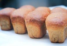 Pan del pan en el fondo blanco fotos de archivo libres de regalías