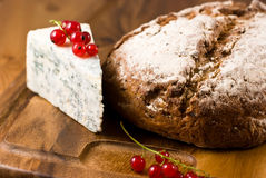 Pan del pan y del queso verde imágenes de archivo libres de regalías