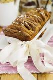 Pan del Tirón-Aparte del azúcar del canela Foto de archivo libre de regalías