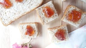 Pan del trigo de Strawerrywhole con la piña Fotos de archivo