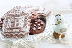 Pan di zenzero e biscotti nella festa Immagini Stock