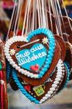 Pan di zenzero a forma di del cuore per il Natale Fotografia Stock Libera da Diritti