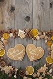 Pan di zenzero a forma di di Natale del cuore Fotografia Stock Libera da Diritti
