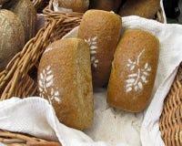 Pan en el mercado de los granjeros Fotos de archivo libres de regalías