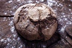 Pan en la madera Foto de archivo