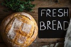 Pan fresco, todavía del estilo vida rústica Foto de archivo libre de regalías