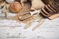 Pan fresco y rodillos Fotografía de archivo libre de regalías