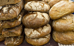 Pan fresco y Rolls en la feria Imágenes de archivo libres de regalías
