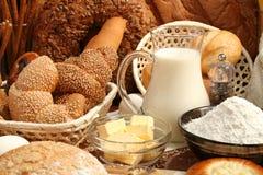 Pan, harina, leche, mantequilla Imágenes de archivo libres de regalías