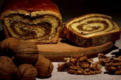 Pan hecho en casa de la nuez foto de archivo libre de regalías