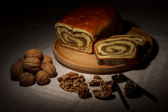 Pan hecho en casa de la nuez Fotos de archivo