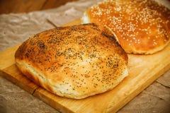 Pan hecho en casa, hecho a mano Fotos de archivo