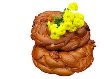 Pan hermoso con las flores amarillas Imágenes de archivo libres de regalías