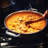 Pan of Indian butter chicken Stock Photo