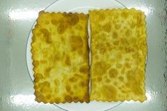 Pan met vliegende pannekoek stock foto