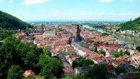 Pan over Heidelberg in Duitsland stock video