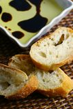 Pan, petróleo y vinagre balsámico Fotografía de archivo