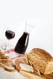 Pan, queso y vino Imágenes de archivo libres de regalías