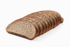 Pan Rebanada de pan de centeno fresco aislado en el fondo blanco Foto de archivo