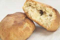 Pan recientemente cocido al horno. Fotografía de archivo libre de regalías