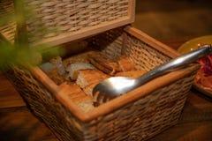 Pan recientemente cocido al horno fotos de archivo