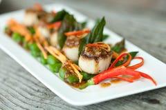 Pan Seared Scallops tailandese Immagini Stock