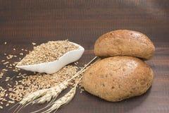 Pan y cereales Foto de archivo libre de regalías