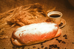 Pan y despido con café Foto de archivo