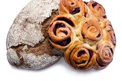 Pan y galletas con el relleno Foto de archivo