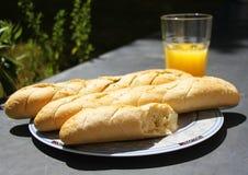 Pan y jugo Foto de archivo libre de regalías